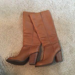Leather Tahari Boots size 6.5